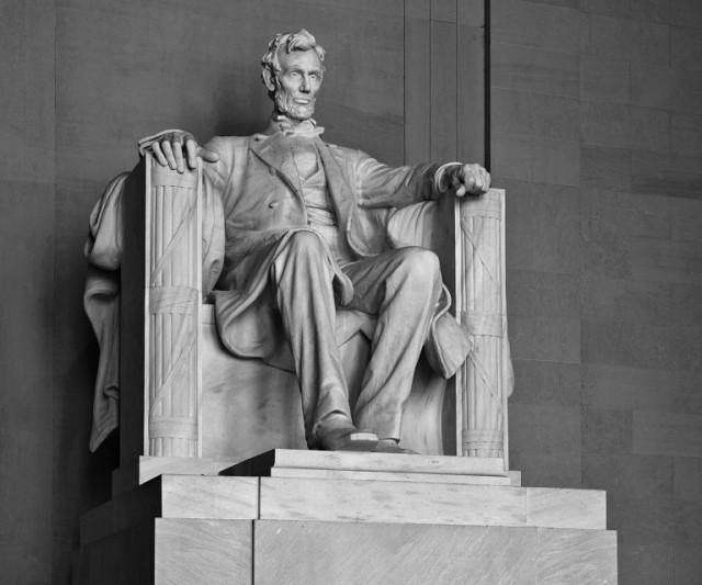 Lincoln.Memorial.640.2119