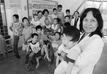 Vietnam children 24-Photos-Agent-Orange-Vietnam-24